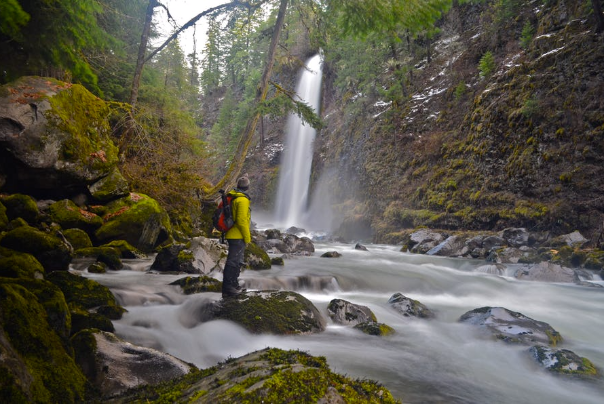 Barr Creek Falls in Prospect Oregon