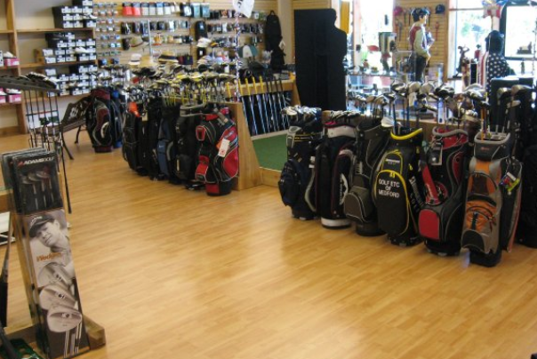 golf etc in medford oregon sells balls, bags, clubs