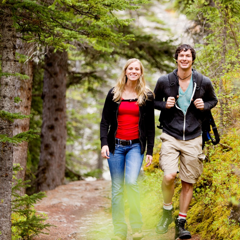 Hikers enjoying Southern Oregon outdoors