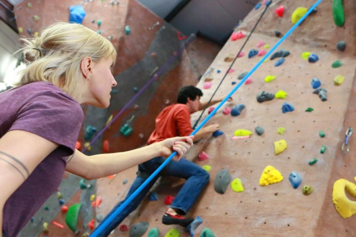 Lithia Motors Pavilion, SOU, Southern Oregon University, sports, gym, things to do, compete, game, rock climbing