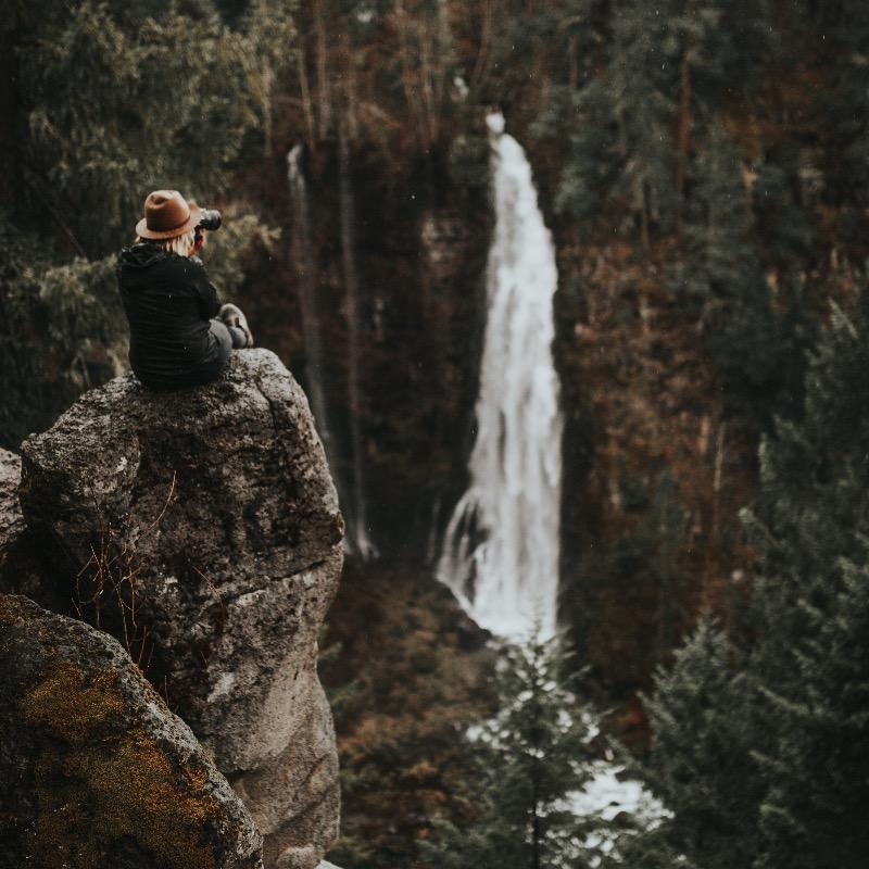 Waterfall in Southern Oregon, waterfalls, travel, hiking, trails