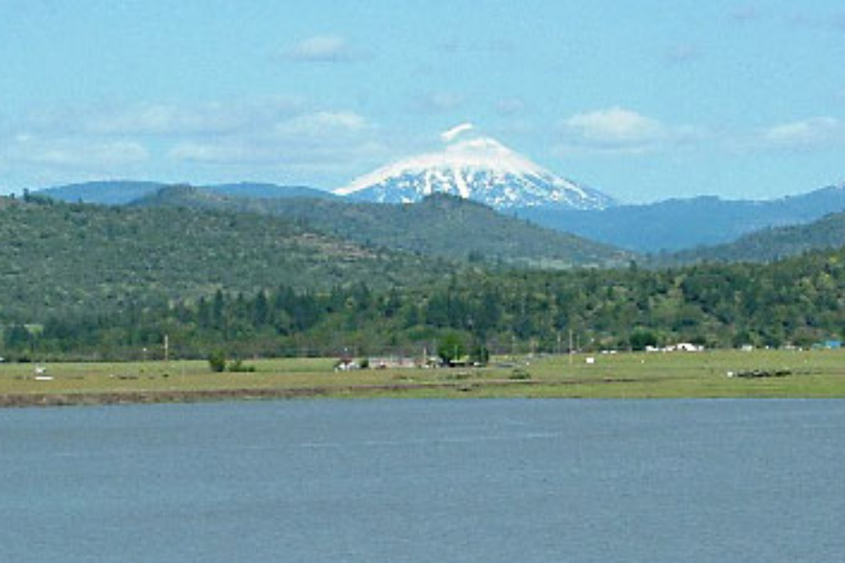 Agate Lake, things to do, hike, swimming, lakes to visit