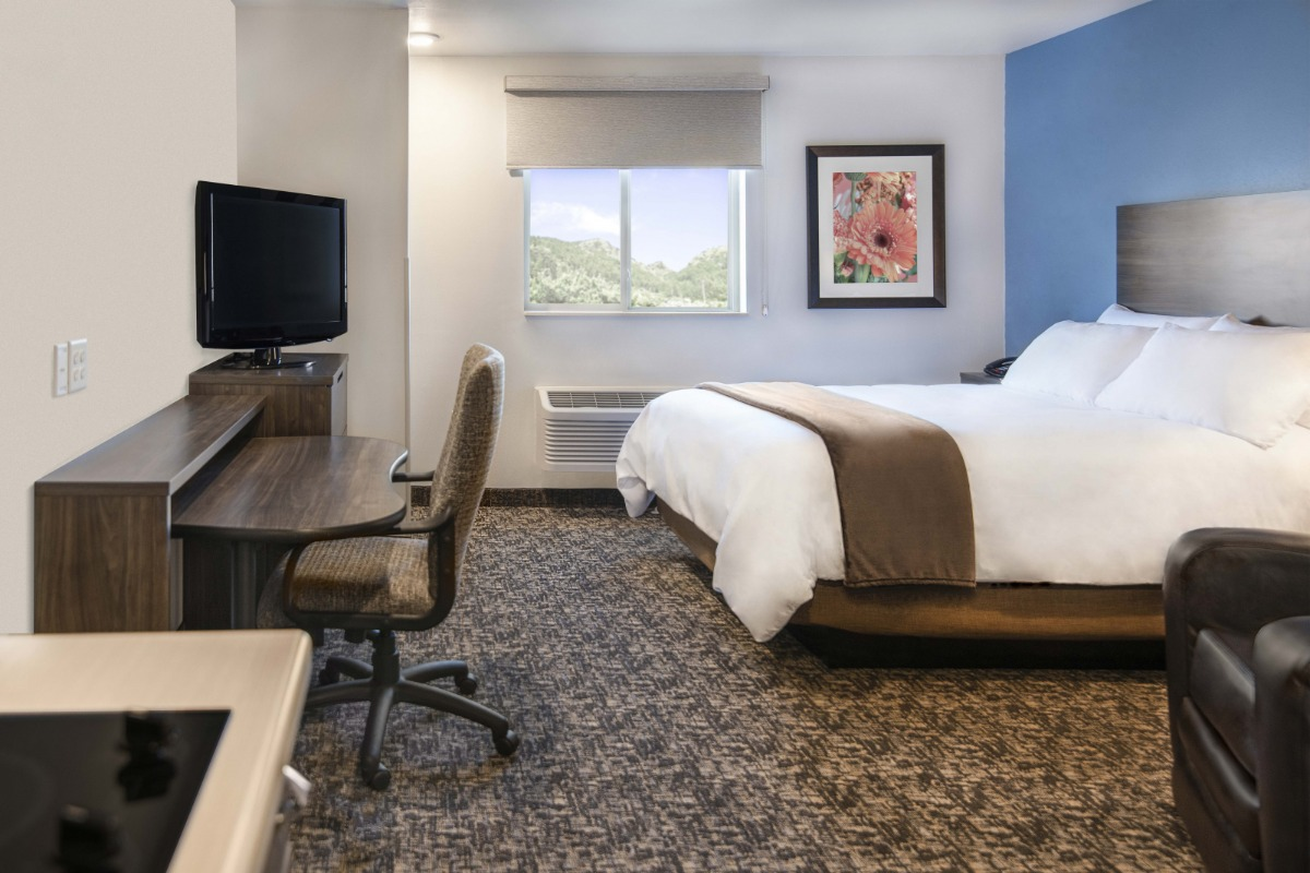 Hotel, places to stay in Medford