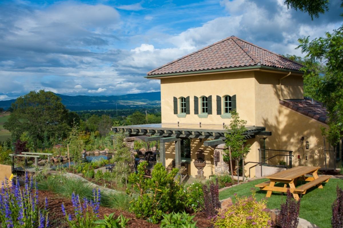 DANCIN Winery in Medford, Oregon