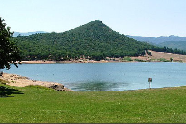 emigrant lake and picnic area