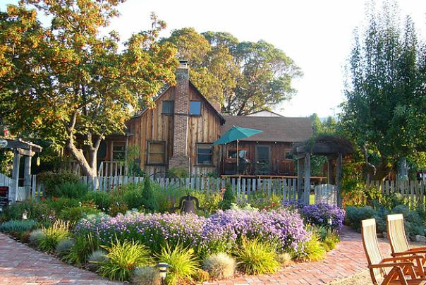 Jacksonville Fiasco Winery Old Farmhouse