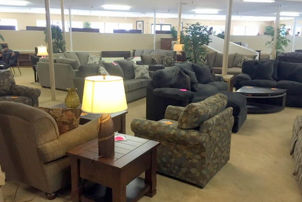 garrisons home furnishings showroom in central point oregon