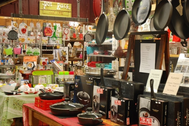 The Pot Rack Kitchen Store in Jacksonville Oregon