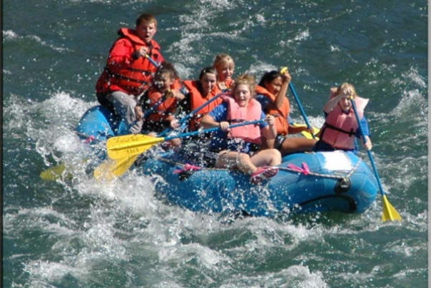 Rapid Pleasure Rafting in Shady Cove Oregon