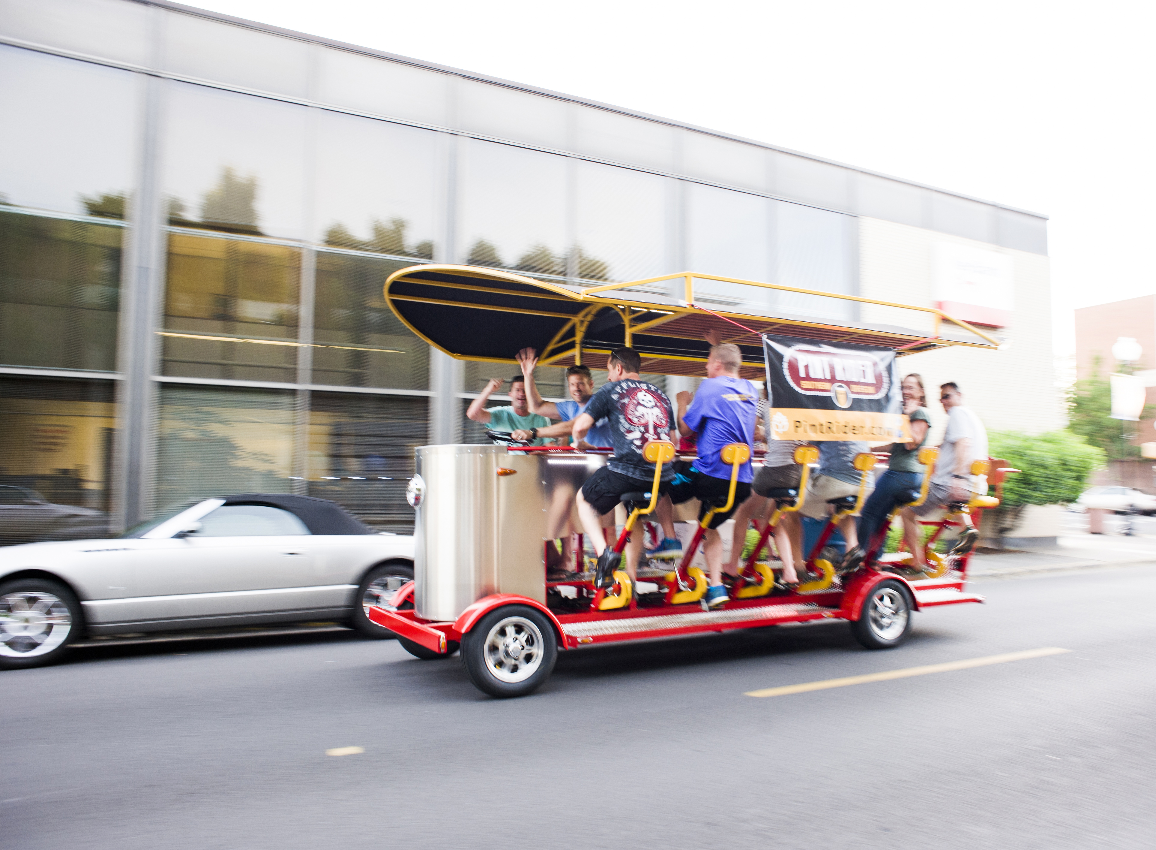 Friends enjoying a breweries tour Pint Rider in Medford