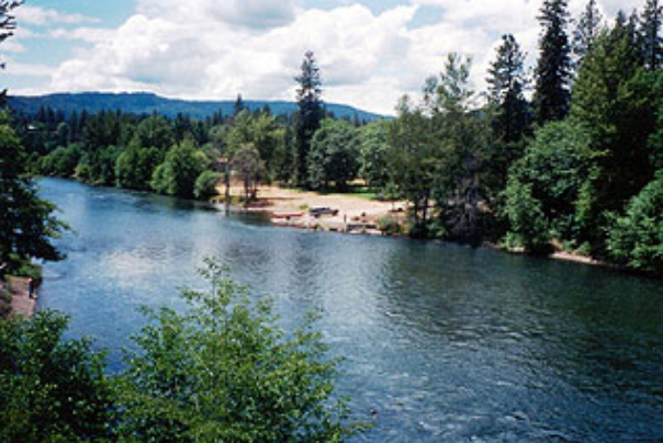 upper rogue regional park on the rogue river in oregon